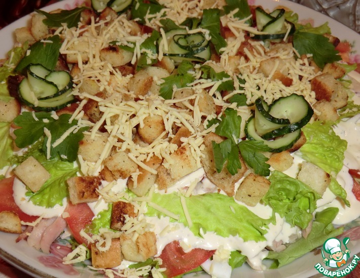 Рецепт: Салат а-ля Цезарь с копченой курицей