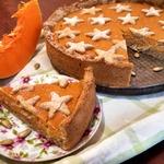 Пряный тыквенно-творожный пирог
