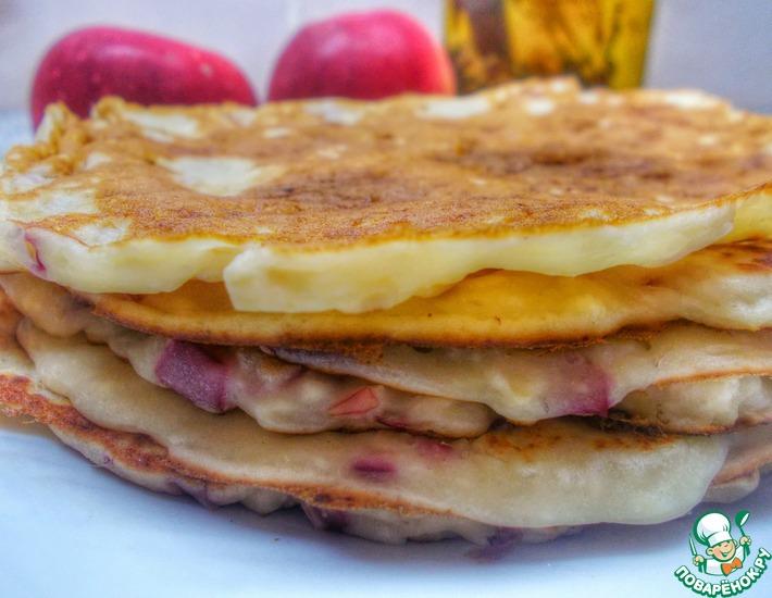 Рецепт: Панкейки с творогом и яблоками