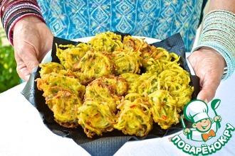 Рецепт: Индийские луковые оладьи