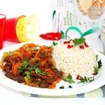 Говядина стирфрай с коричневым рисом