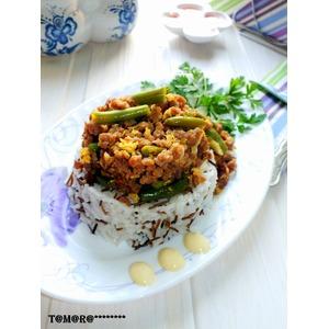Рис с фаршем и стручковой фасолью