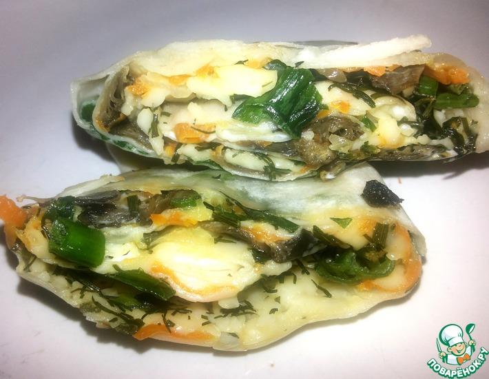 Рецепт: Рулет из лаваша с грибами и зеленым луком