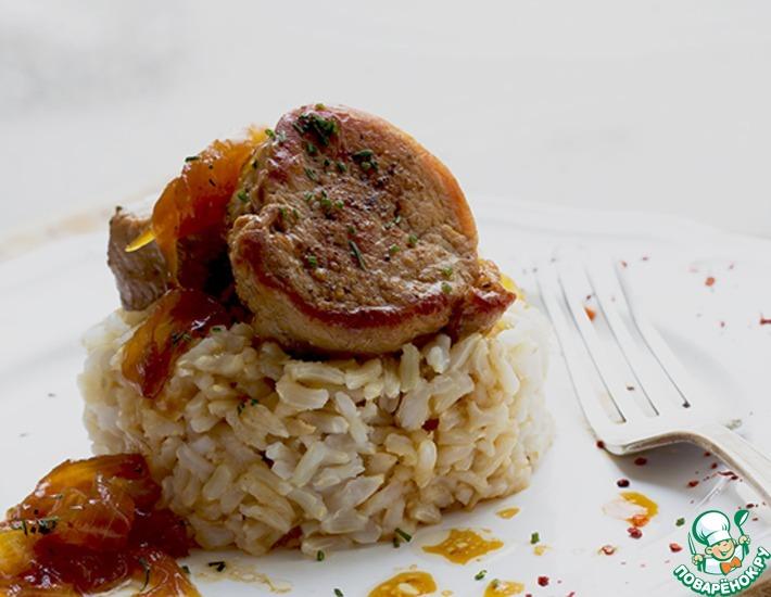 Рецепт: Свиная вырезка в винно-медовом соусе