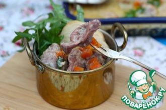 Рецепт: Куриные желудки под сливочно-брусничным соусом