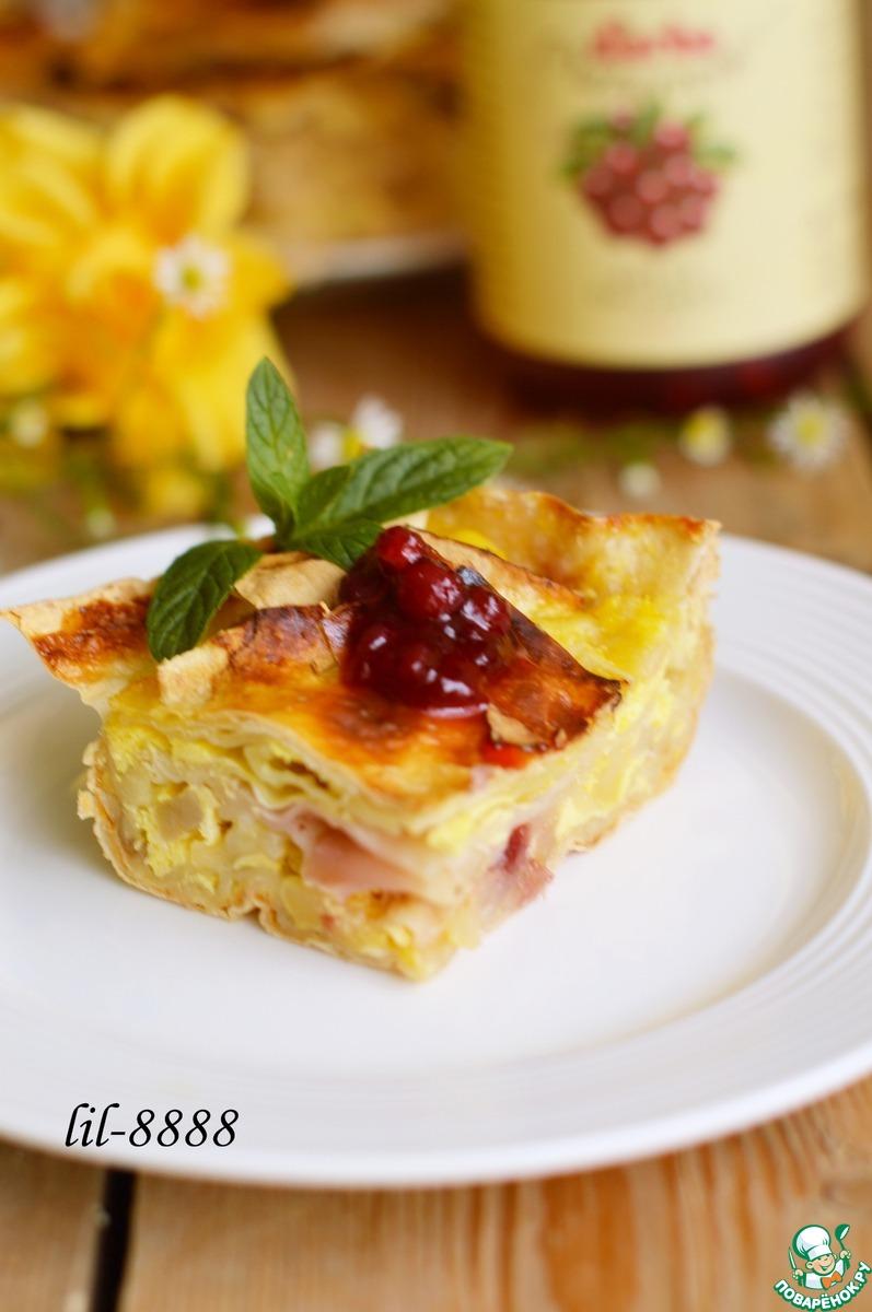 """Пирог из лаваша с яблоком и соусом """"Дикая брусника"""""""