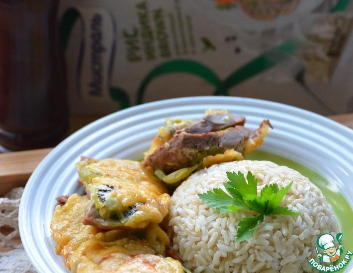 Рецепт: Свинина с киви под сырной корочкой и рисом