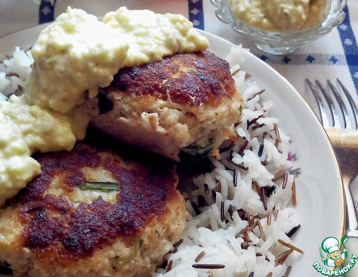 Рецепт: Рыбные котлеты с соусом
