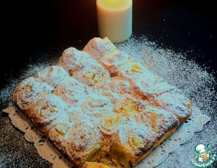 Рецепт: Слоёный пирог с кремом и ананасом