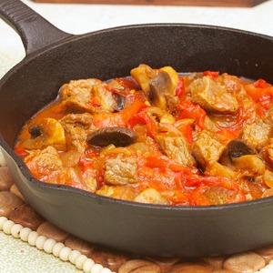 Рецепт Гуляш из говядины с грибами