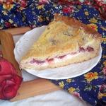 Пирог творожный со сливами и хрустящей сахарной корочкой