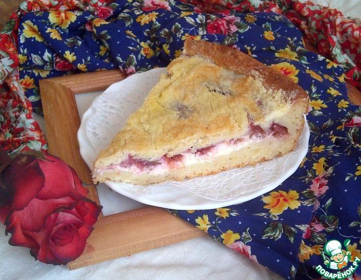 Рецепт: Пирог творожный со сливами и хрустящей сахарной корочкой
