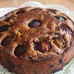 Сливовый пирог с орехами и шоколадом