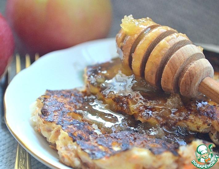 Рецепт: Гречневые оладьи с морковью и яблоком