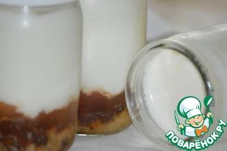 Рецепт: Йогурт с печеньем, шоколадом и мармеладом