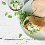 Греческий бургер с йогуртовым соусом