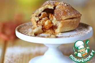 Рецепт: Корзиночки с яблоками и арахисом в соленой карамели