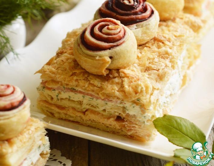 Рецепт: Закусочный торт с икорным кремом и семгой