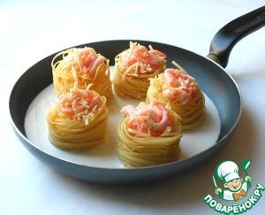 Пирожные закусочные печеночные, с начинкой из риса и сливочно чесночного соуса – кулинарный рецепт