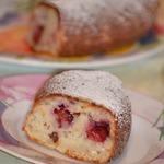 Миндально-вишневый пирог на кефире