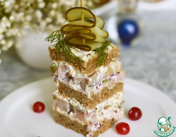 Рецепт: Закусочный торт с сельдью