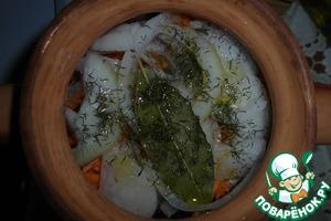 Скумбрия, запеченная в горшочке – кулинарный рецепт