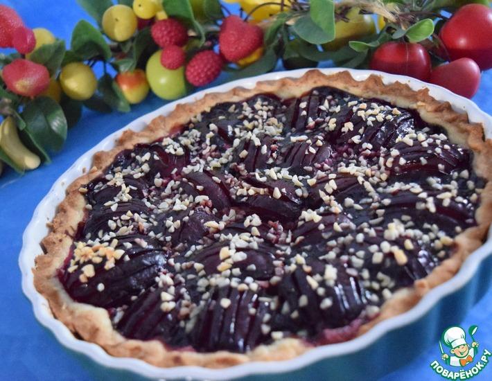 Рецепт: Сливовый пирог с марципаном и миндалём