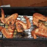 Куриные крылышки горячего копчения