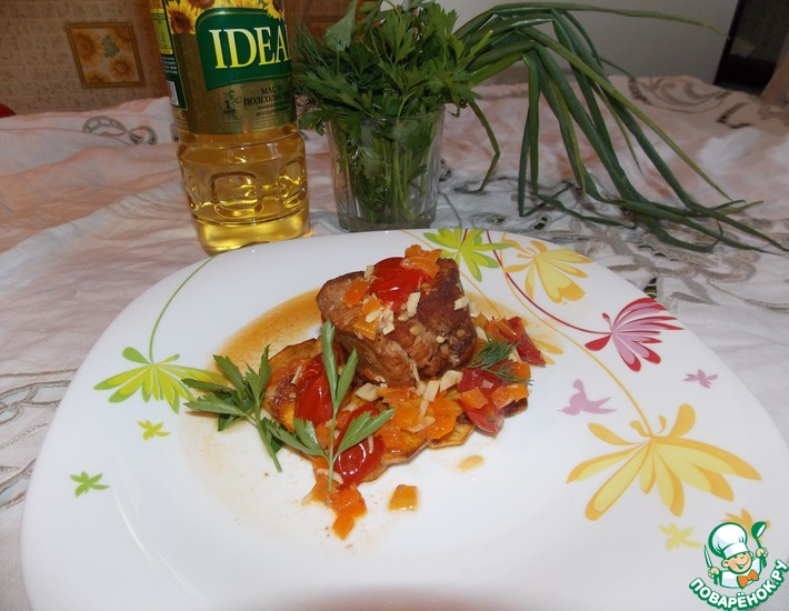 Рецепт: Бочонки из свинины с овощами с жаренным картофелем