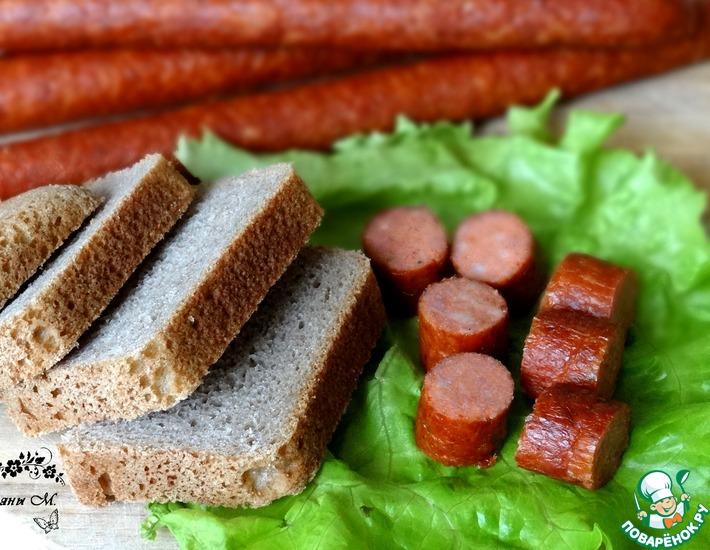 Рецепт: Колбаски закусочные по-охотничьи с паприкой