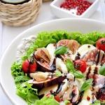 Салат а-ля капрезе с инжиром