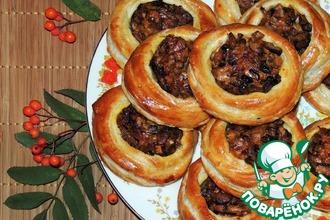 Рецепт: Пирожки Лукошки с грибами