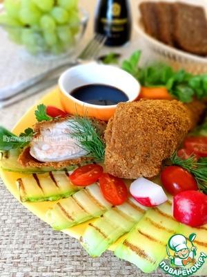 На тарелку выложить гриль-кабачки, на них - голени, дополнить овощами, зеленью и подавать!