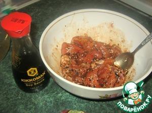 Замариновать в полученной смеси мясо на час
