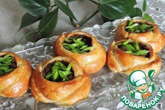 Рецепт: Расстегаи Розанчики с фасолью и грибами