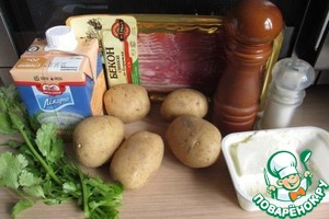 Продукты для супа. Суп, по существу, однокомпонентный, только картошка.   Жирность сливок может быть любая, по вашему вкусу.   Бульон можно использовать готовый или приготовить из бульонного кубика.