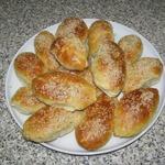 Пирожки с печенью и кунжутом
