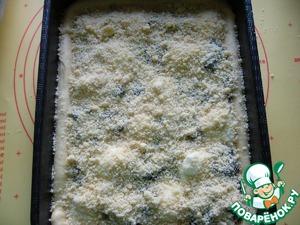 Сверху посыпать штрейзельной крошкой. Выпекать в предварительно разогретой духовке при 180 градусах 25-30 минут (ориентируйтесь по своей духовке)до сухой спички