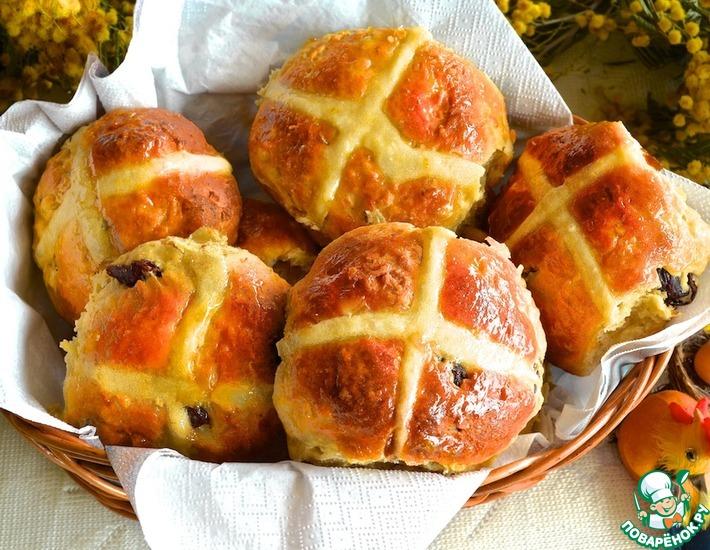 Рецепт: Английские пасхальные булочки Крестовые