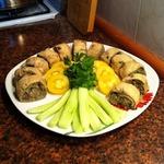 Роллы из яичных блинчиков с баклажанами