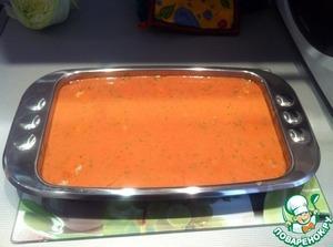 В это время делаем ЗАЛИВКУ: смешать в блендере томатную пасту, йогурт, чуть воды (по желанию), посолить и поперчить. Я добавляла в соус часть морковно-луковой смеси, которая была сделана для самих тефтелей.       Залить шарики соусом и поставить в духовку еще на ПОЛЧАСА.
