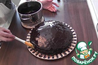 Рецепт: Блестящая шоколадная глазурь для тортов и выпечки
