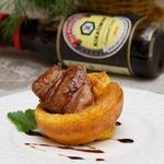 Пудинг с филе миньон в соево-чесночном маринаде