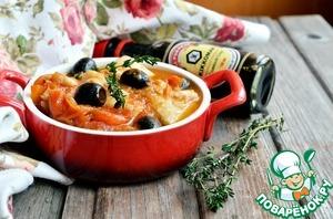 Разложить рыбу по порционным тарелкам, полить рыбу соусом и подавать. Приятного аппетита!