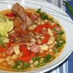Фасолевый суп с копченостями и галушками Боб-Левеш