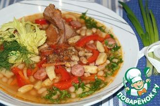 Рецепт: Фасолевый суп с копченостями и галушками Боб-Левеш