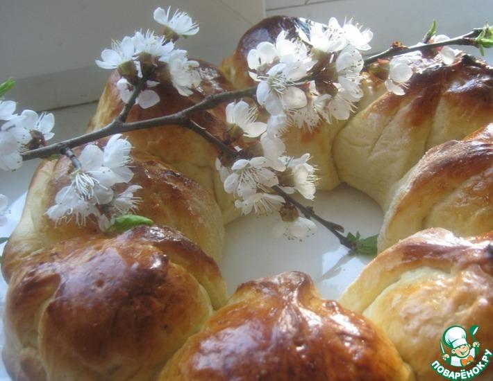 Рецепт: Пирог с изюмом Колобок
