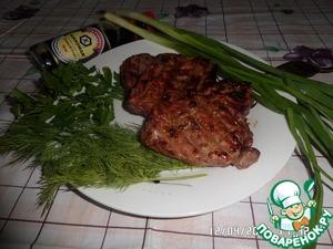 Подаем с зеленью и свежими овощами. Приятного аппетита!