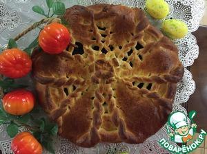 Пирог готовила маме на работу, поэтому разрезика нет, но по отзывам дегустаторов - ОЧЕНЬ ВКУСНО И КРАСИВО! Чернослив всегда очень ароматен и вкусен в пирогах! Попробуйте- не пожалеете. Вяжите пироги на здоровье!
