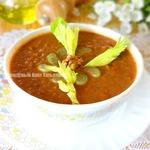 Густой суп с чечевицей и грецким орехом